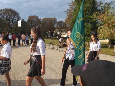 Посрещане на училищното знаме - ОУ Св. Климент Охридски - Професор Иширково